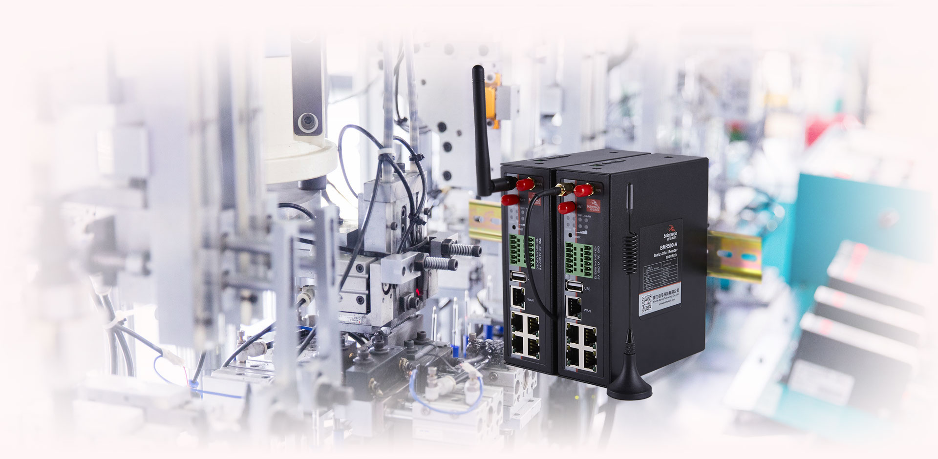 BMR500 Cellular VPN Industrial Router DIN rail